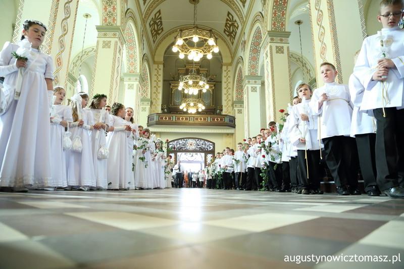 augustynowicz-1-komunia-sp5-2013-05